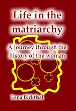 08_lena-birkthal_life-in-the-matriarchy